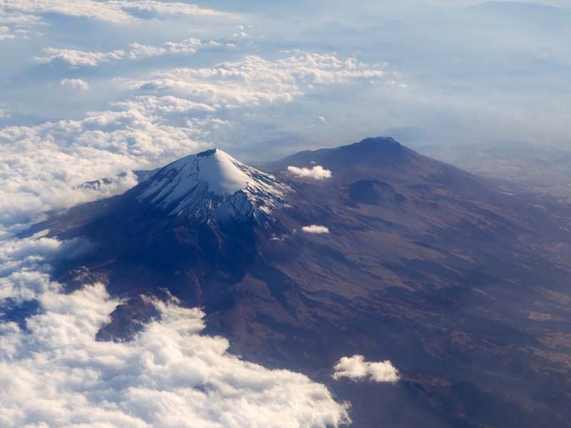img-volcanoes-popocatepeti-mexico1_big.jpg
