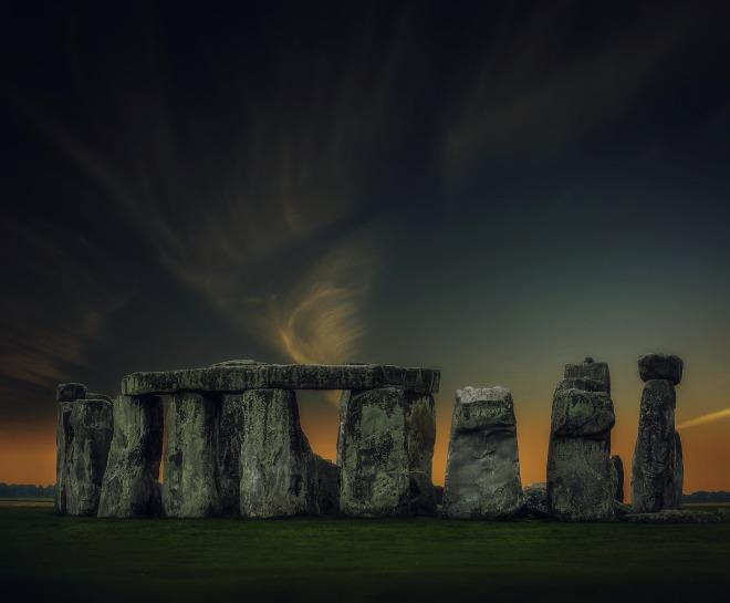 stonehenge-3160614_1920