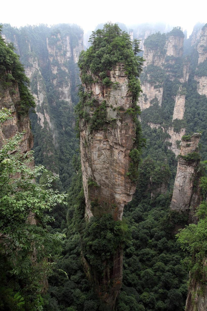 zhangjiajie-2661371_1920