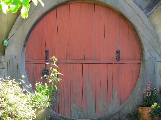hobbit-2425852_1920.jpg